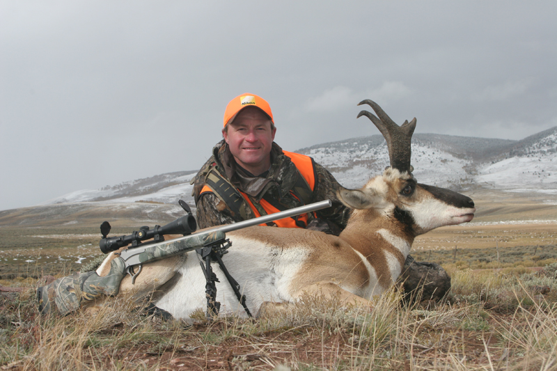 AR101, Mark Kayser with Colorado pronghorn taken with FMF Outdoors, copyright Mark Kayser