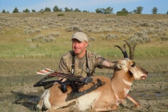 AA167, Mark Kayser with bowkilled Wyoming pronghorn, copyright Mark Kayser edit