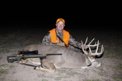 RW1096, Mark Kayser with a Nebraska whitetail, copyright Mark Kayser edt1